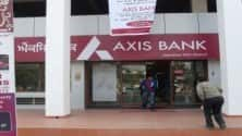 My TV : Axis Bank Q2 profit sinks 83% to Rs 319 cr, provisions up 5-fold